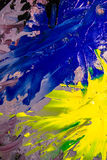 Bakgrundsbild av den ljusa olja-målarfärg palettcloseupen Arkivfoto