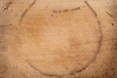 bakgrundsbräde som hugger av gammalt trä arkivfoton