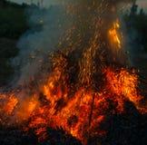 bakgrundsbrand flamm den orange fyrkanten Royaltyfria Bilder