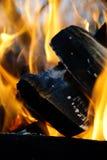 bakgrundsbrand flamm hög bildupplösning Royaltyfri Foto