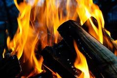 bakgrundsbrand flamm hög bildupplösning Royaltyfria Foton