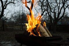 bakgrundsbrand flamm hög bildupplösning Royaltyfria Bilder