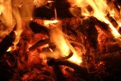 bakgrundsbrand flamm hög bildupplösning Bakgrund för textur för eldsvådabrandflamma Fotografering för Bildbyråer
