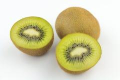 bakgrundsfrukt isolerade kiwiwhite Royaltyfri Bild