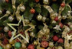 bakgrundsjulen dekorerade treen Royaltyfri Fotografi