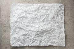 Bakgrundsram av skrynkligt papper för bageri för vitgrå färger monokromt Royaltyfri Bild