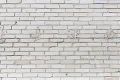 Bakgrundstextur av en gammal vit tegelstenvägg Royaltyfria Bilder