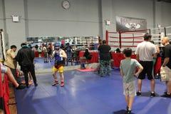 Bakhtyar Eyubov est prêt pour la boxe d'entraînement Photos libres de droits