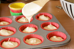Baking cupcakes Royalty Free Stock Photos