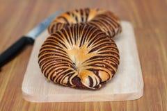 Bakkerijbrood op een Houten blad Royalty-vrije Stock Afbeelding