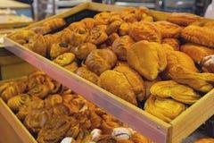 Bakkerijproducten op de teller Stock Afbeelding