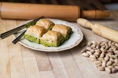 Baklava con el pistacho/el postre tradicional turco Imagen de archivo