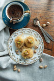 Baklava del Medio-Oriente tradizionale del dessert Immagini Stock