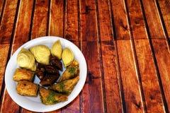 Baklava dulce en la placa Imagen de archivo libre de regalías