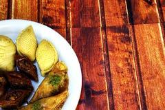 Baklava dulce en la placa Imagen de archivo