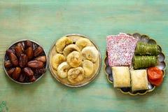 Baklava orientale dei dolci, loachum del rahat e frutti secchi Immagini Stock Libere da Diritti