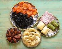 Baklava orientale dei dolci, loachum del rahat e frutti secchi Immagine Stock Libera da Diritti