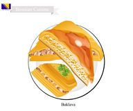 Baklava ou pâtisserie bosnienne de fromage avec le sirop Images stock