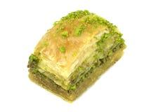 Baklava turco delicioso con las nueces de pistacho verdes Fotografía de archivo