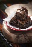 Baklavastukken met cacao Stock Afbeeldingen