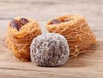 Baklawa da sobremesa com porcas de pistache Imagem de Stock
