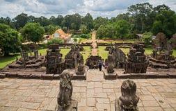 Bakong wat and jungle Royalty Free Stock Photos
