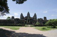 Bakre ingång till den kungliga slotten av Angkor Wat Arkivfoto