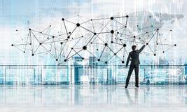 Bakre sikt av begreppet för anslutning och för nätverkande för affärsmanteckning det sociala arkivbild