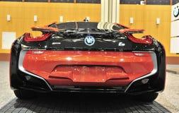 Bakre sikt för BMW I8 sportbil Arkivbilder