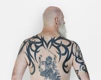 Bakre sikt Hanuman Tattoo Spiritual Arts för hög vuxen man royaltyfri fotografi