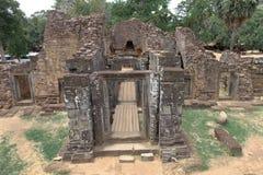 Baksei Chamkrong tempel Arkivfoton