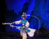 """Baksida trängde generaler för PekingOpera"""" kvinnor av Yang Familyâ € royaltyfri bild"""