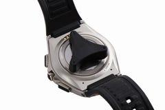 Baksidan av den smarta klockan med öppnaren som isoleras på vit Royaltyfria Foton