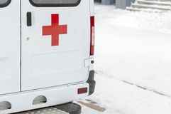 Baksidan av en ambulans royaltyfria foton