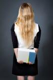 Baksidt av en elegant blond kvinna av lag Royaltyfri Fotografi
