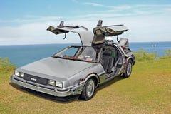 Baksidt till den framtida delorean bilen arkivbilder