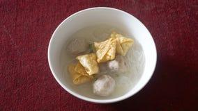 Bakso,面条和siomay (印度尼西亚传统食物) 免版税库存照片