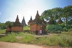 Baksteengebouwen in Bagan stock afbeelding