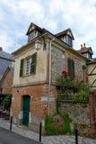 Baksteenhuis in de stad van Normandië van Honfleur, Frankrijk royalty-vrije stock afbeeldingen