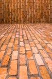 Baksteenvloer en Muur voor Achtergrond royalty-vrije stock afbeelding