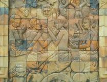 Bakstenen muur gesneden patroon in Thailand Stock Afbeeldingen
