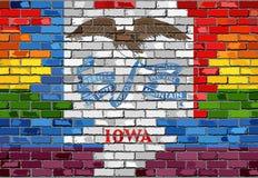 Bakstenen muur Iowa en Vrolijke vlaggen Stock Afbeeldingen
