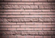 Bakstenen muur van donker-roze baksteen Royalty-vrije Stock Afbeeldingen