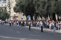 BAKU, AZERBAIJÃO - 26 de junho de 2018 - parada militar em Baku, pessoa azerbaijano que comemora o 100th aniversário de forças ar Imagem de Stock