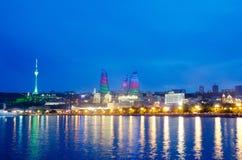 Baku Azerbaijan bij Kaspische overzees Stock Afbeelding