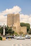 BAKU, AZERBAIJAN - 17 DE OCTUBRE DE 2014: La torre virginal es el monumento arquitectónico único de Azerbaijan imagen de archivo