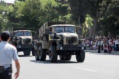 BAKU, AZERBEIDZJAN - JUNI 26 2018 - Militaire Parade in Baku, Azerbeidzjan op Legerdag Azerbeidzjan die 100ste verjaardag van Wap Stock Foto