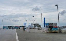 Baku-Bucht, Pier für gehende Boote Lizenzfreie Stockfotos