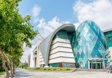 Baku - 18 de julio de 2015: Centro comercial del bulevar del parque el 18 de julio Imágenes de archivo libres de regalías
