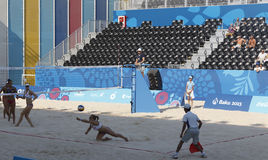 BAKU EUROPÉ GAMES-JUNE 20,2015-BEACH VOLL FÖR AZERBAIJAN-THE FÖRSTA Royaltyfria Bilder